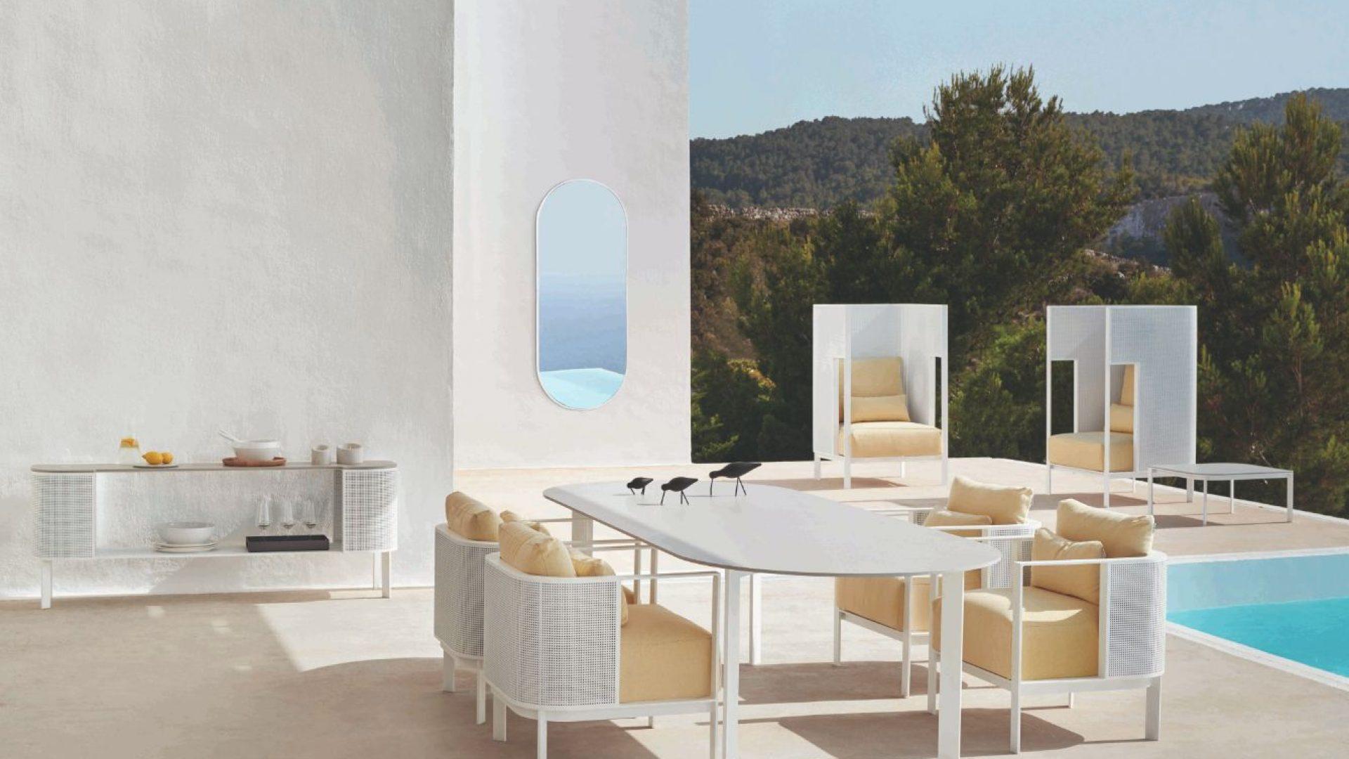 solanas-collection-composition-white